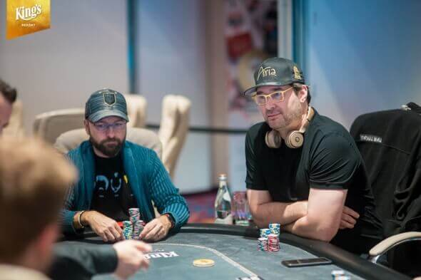 hellmuth a negreanu v kings